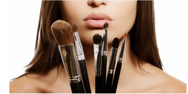 Pincéis de maquiagem, veja como conservá-los!