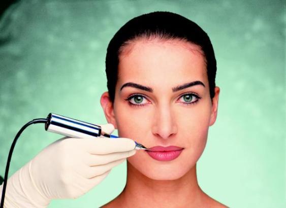 Maquiagem definitiva: tire suas dúvidas