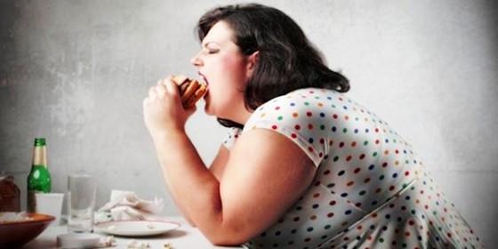 Conheça os riscos da obesidade