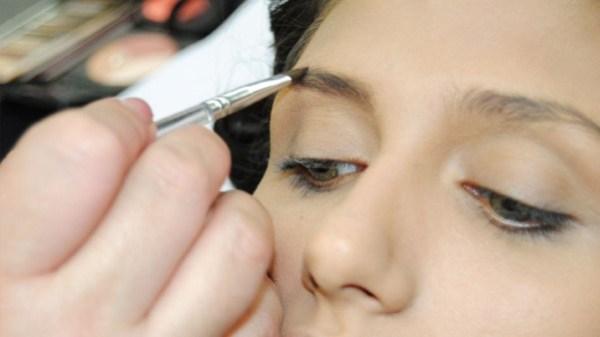 Maquiagem para sobrancelha