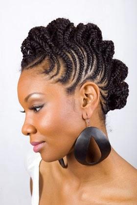 Moicano com raiz trancada para cabelos afros