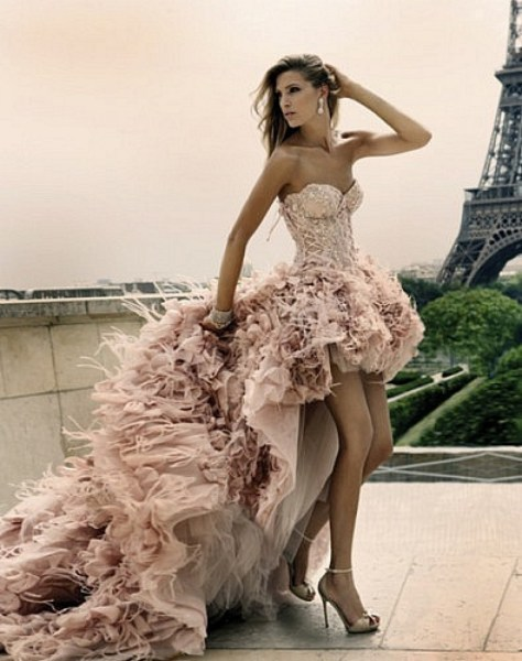 vestido chique com Recorte Mullet