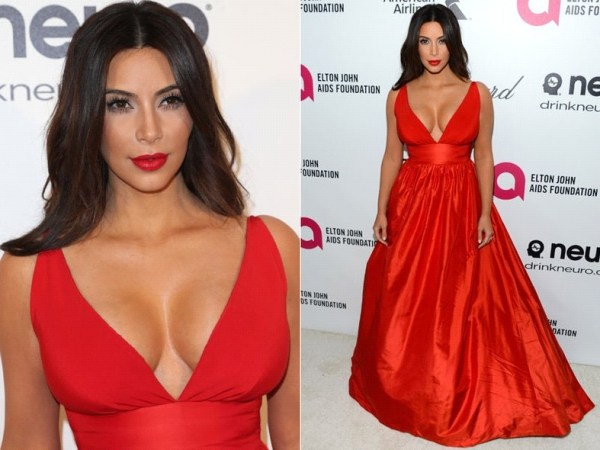 vestido vermelho com maquiagem