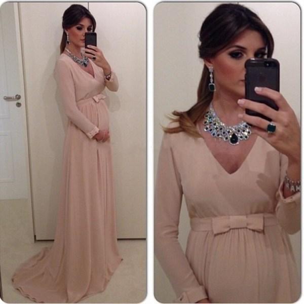 como escolher vestidos de festa para grávidas