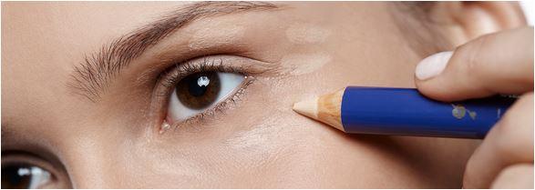 lápis de maquiagem como corretivo