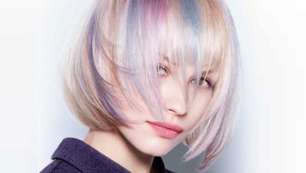 cabelo colorido em várias cores