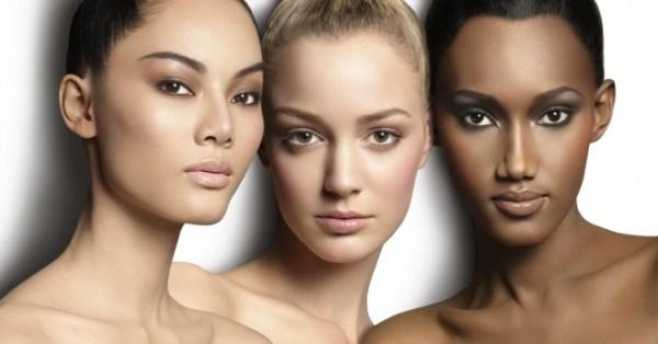mulheres com base no rosto