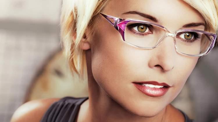 make perfeita para mulheres que usam óculos