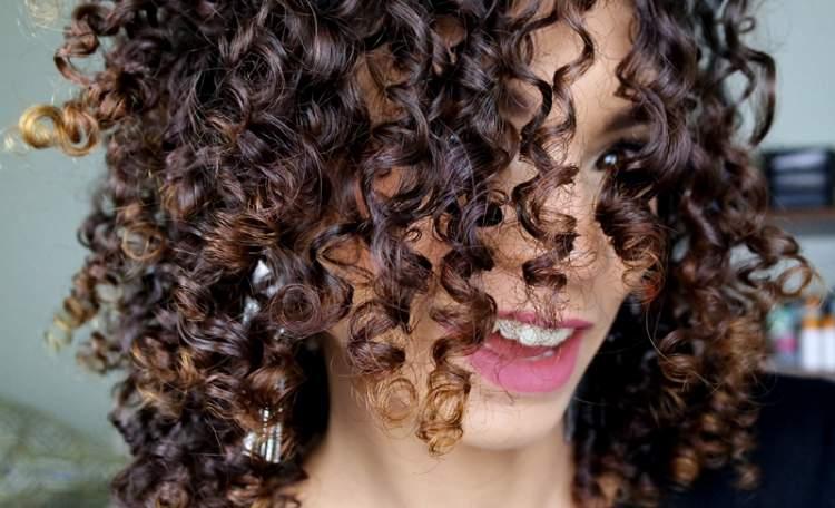 umectação com maionese para cabelos crespos