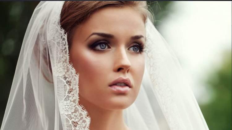 Dicas para a maquiagem da noiva durar até o final da festa