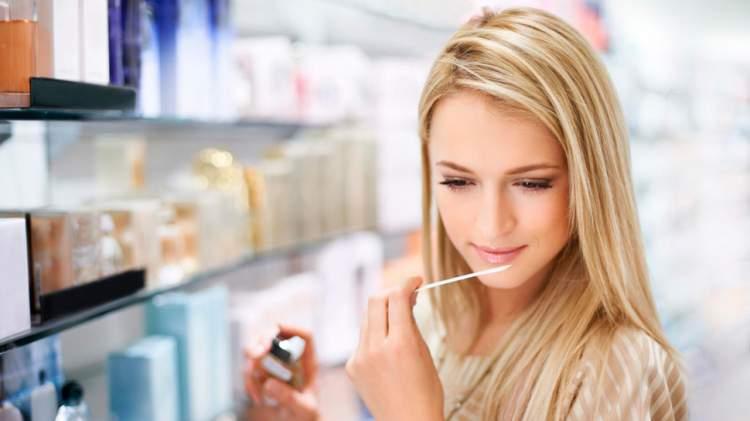 experimente no máximo 2 perfumes