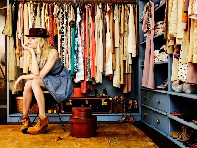 guarda roupa de mulher