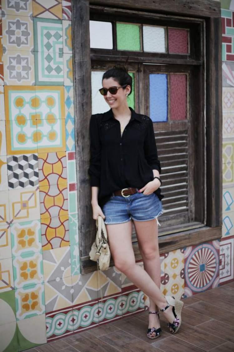 shorts jeans cai bem em qualquer mulher