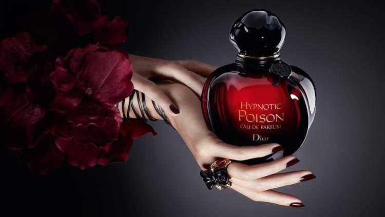 O Hypnotic Poison da Dior é um dos Perfumes que enlouquecem os homens