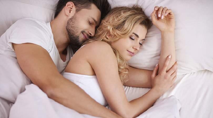 Ficar agarradinho com seu amor depois da relação