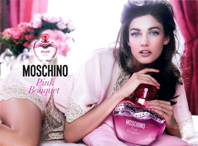 Pink Bouquet Moschino é um dos perfumes florais que fazem as mulheres se sentirem poderosas