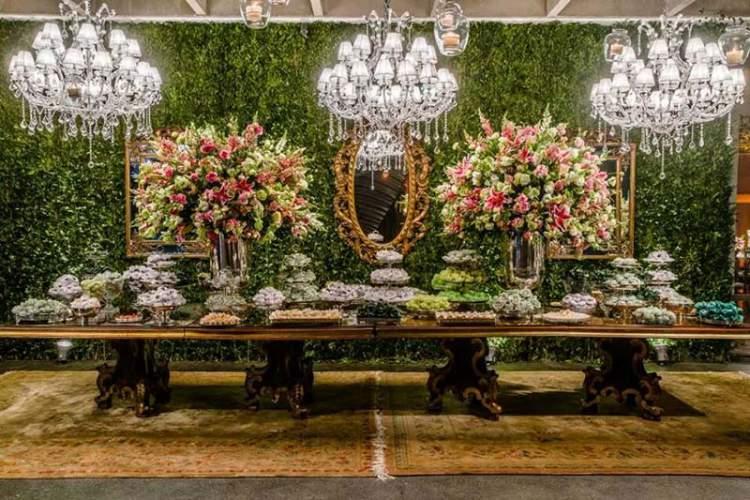 Decoração de casamento luxuosa e moderna