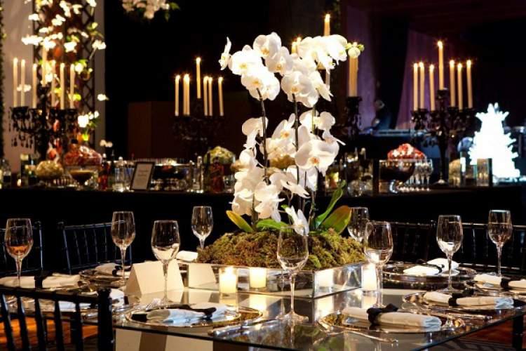 Casamento decorado com orquídeas