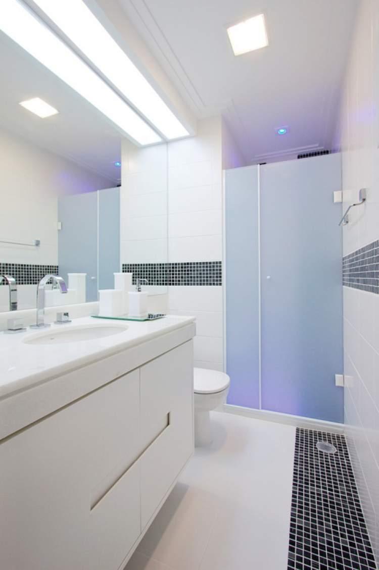 Truque da sanca para iluminar o banheiro