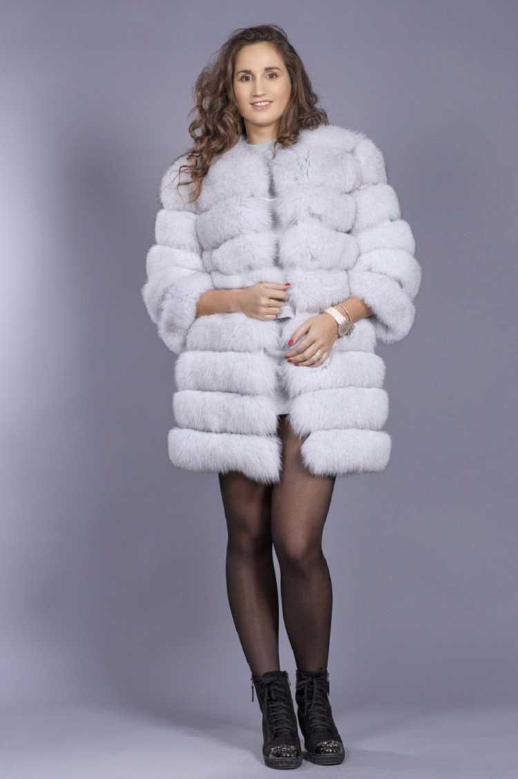 Fake Furr ou pele falsa: A tendência de inverno de 2018 que vai te manter aquecida com luxo.