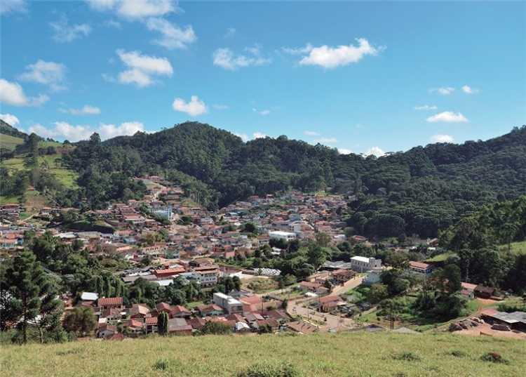 Gonçalves é um dos melhores lugares para viajar no inverno