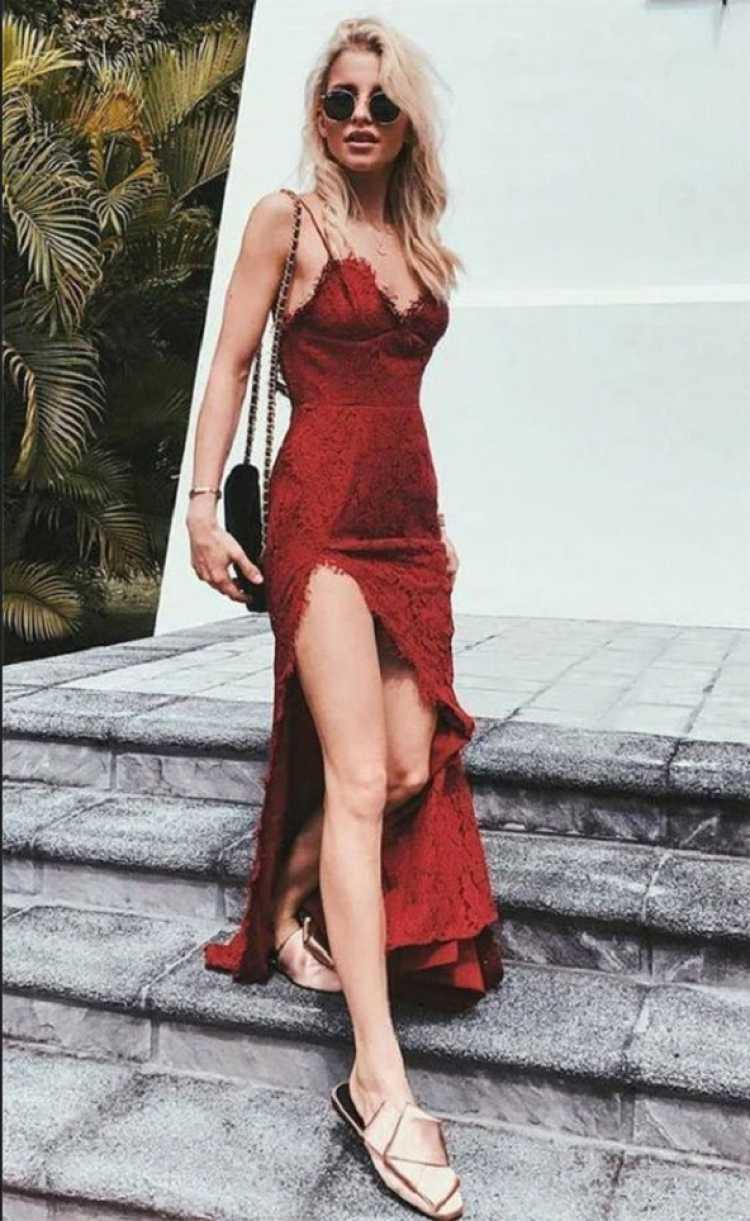 Vestido vermelho rendado sexy