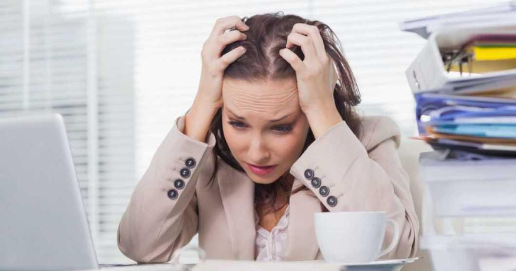sinais de estresse crônico e esgotamento