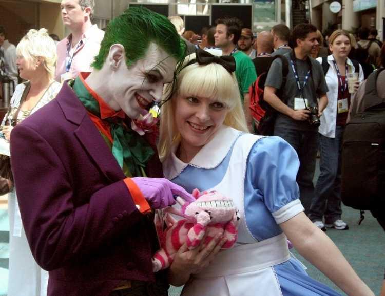 fantasia de carnaval Alice no país das maravilhas