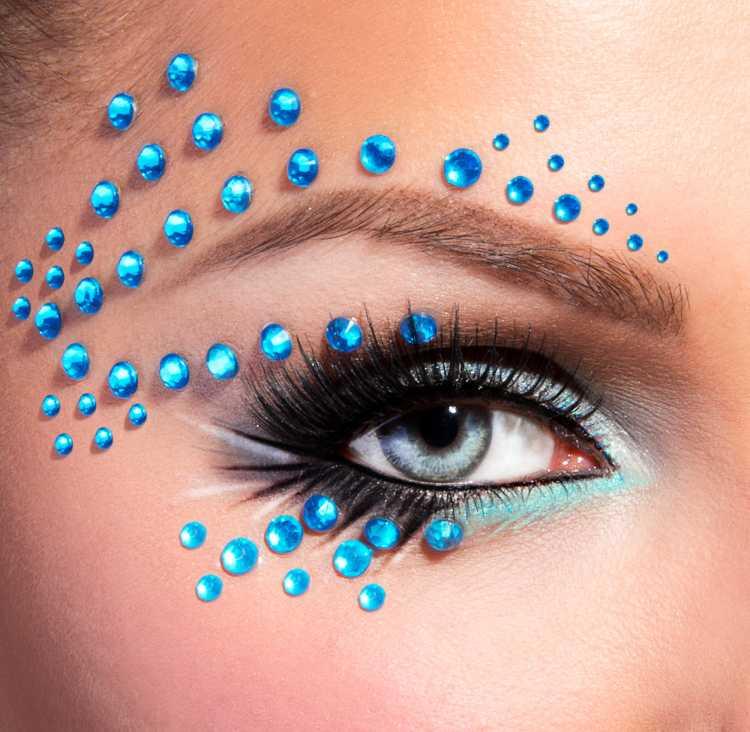 maquiagem com cristais