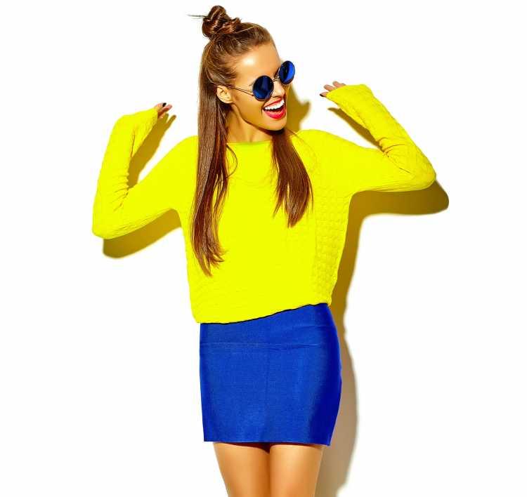 Looks com Mix de Cores com amarelo e azul