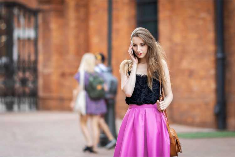 Looks com Mix de Cores com preto e rosa
