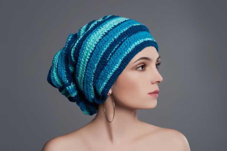 Touca ou Gorro Feminino para esconder o cabelo vários tons de azul