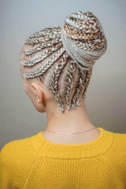 Trança afro em cabelo loiro