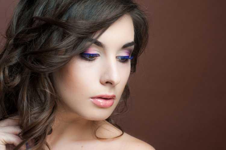 Maquiagem leve para convidada de casamento