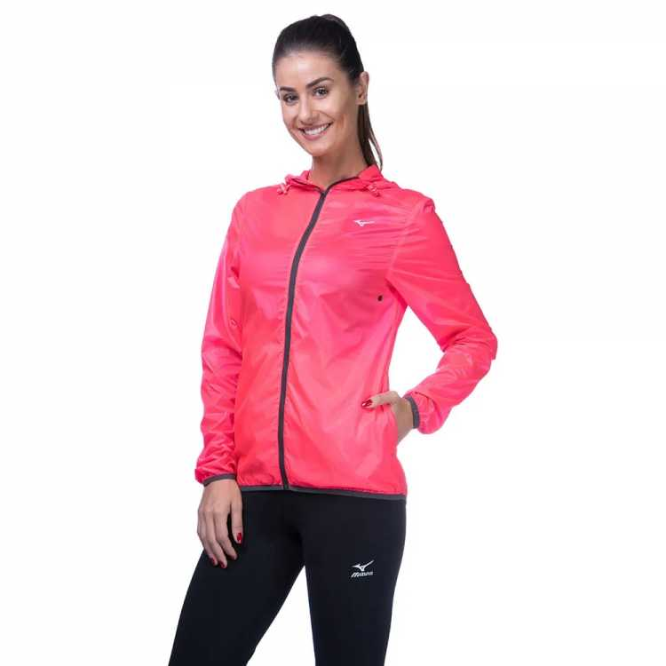 jaqueta estilo esportivo é uma das tendências de inverno 2019