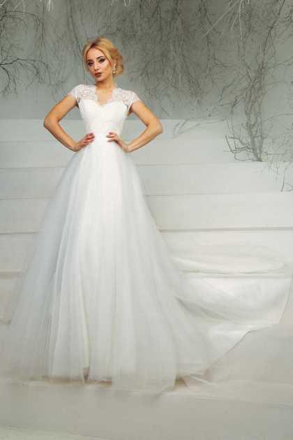 vestido de noiva rodado com manga curta