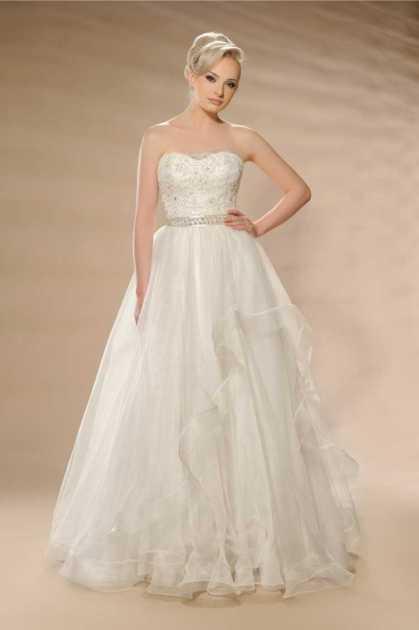 vestido de noiva tomara que caia rodado
