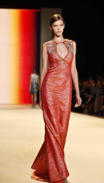 vestido longo para festas vermelho