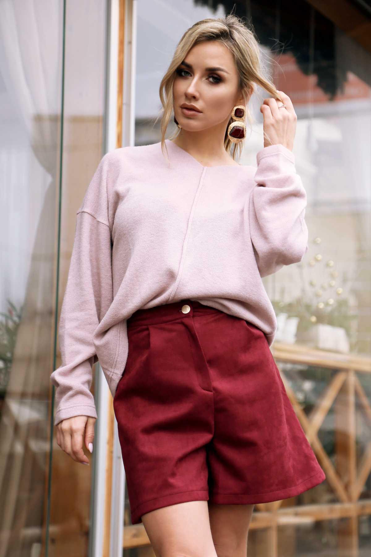 Shorts com blusa polôver