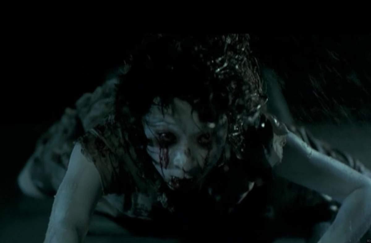 Espíritos a Morte está ao seu Lado é um dos filmes sinistros que não vão te deixar dormir à noite