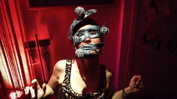 En travesti! Abbiamo portato i nostri outfit al closing party del Paris