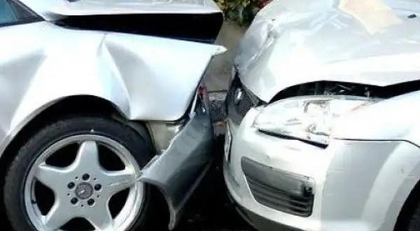 Lo que jamás debes hacer después de un accidente vial