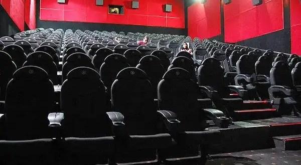 Premiados por mirar 92 películas en 200 horas sin dormir