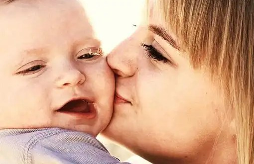 La depresión materna altera el desarrollo del habla en los bebés