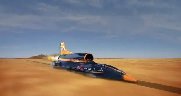 Aprueban cohete para impulsar autos a velocidades extremas