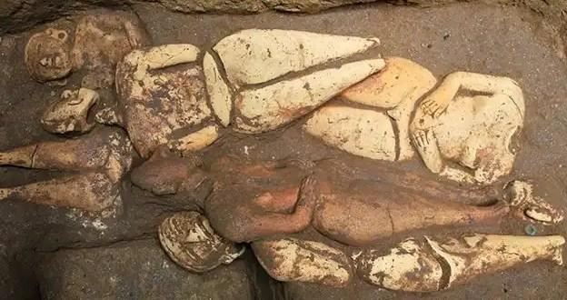 Hallan el entierro maya más antiguo de Mesoamérica