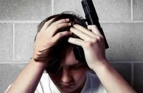 Un niño se disparaen la escuela frente a sus compañeros