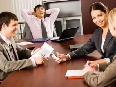 Gestos que debes evitar en una entrevista laboral