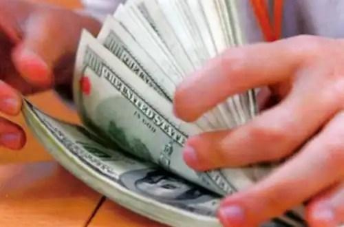 Formas de cambiar dinero en Estados Unidos