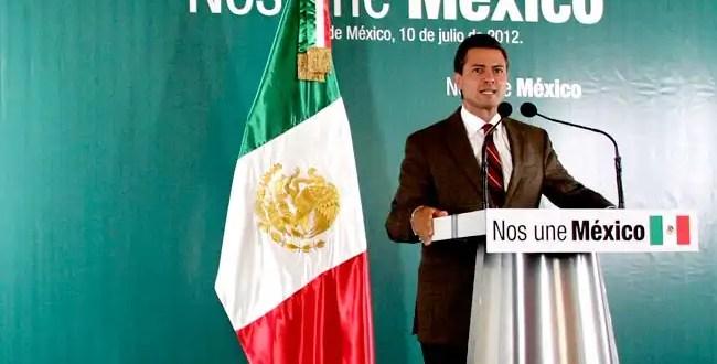 Peña Nieto reduce 5% sueldos a altos mandos